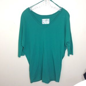 Free People  V- Neck Long Sleeve Top Size XS